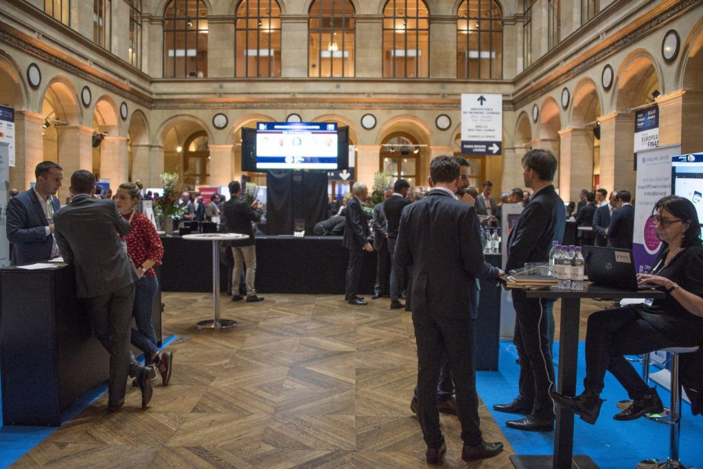 Our unobstructed glance at the entrance area was fleeting — the Paris Fintech Forum was a sellout.